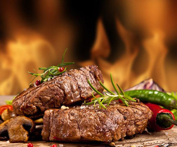 Três motivos para comer carne vermelha caminho do vinho