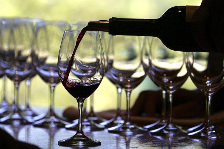 Resultado de imagem para vinhos abertos conservação método de restaurantes